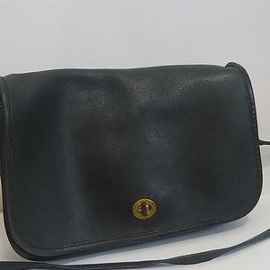 {vintage} Black Coach Pocket purse